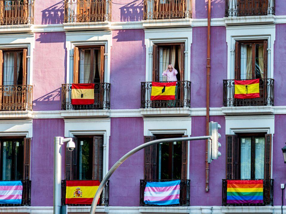 Banderas de España y LGTB